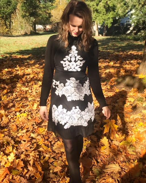 DIY-Black-Lace-Dress (2)