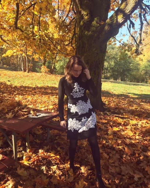 DIY-Black-Lace-Dress (5)