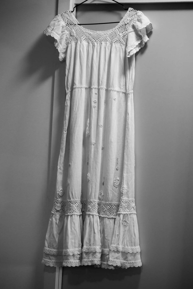 Wedding dress, vintage, tatted flowers