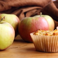 Paleo Cinnamon Apple Pie Muffins