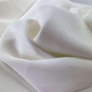 White- Sandwashed viscose COUPON 65 cm