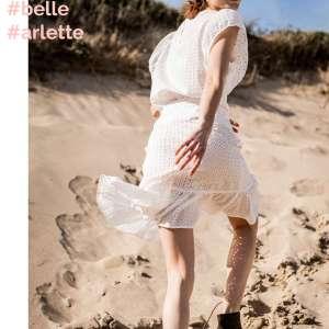 Belle White- broderie