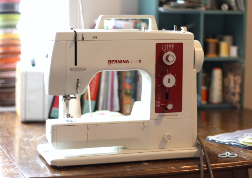 How to Buy a Sewing Machine for Beginners