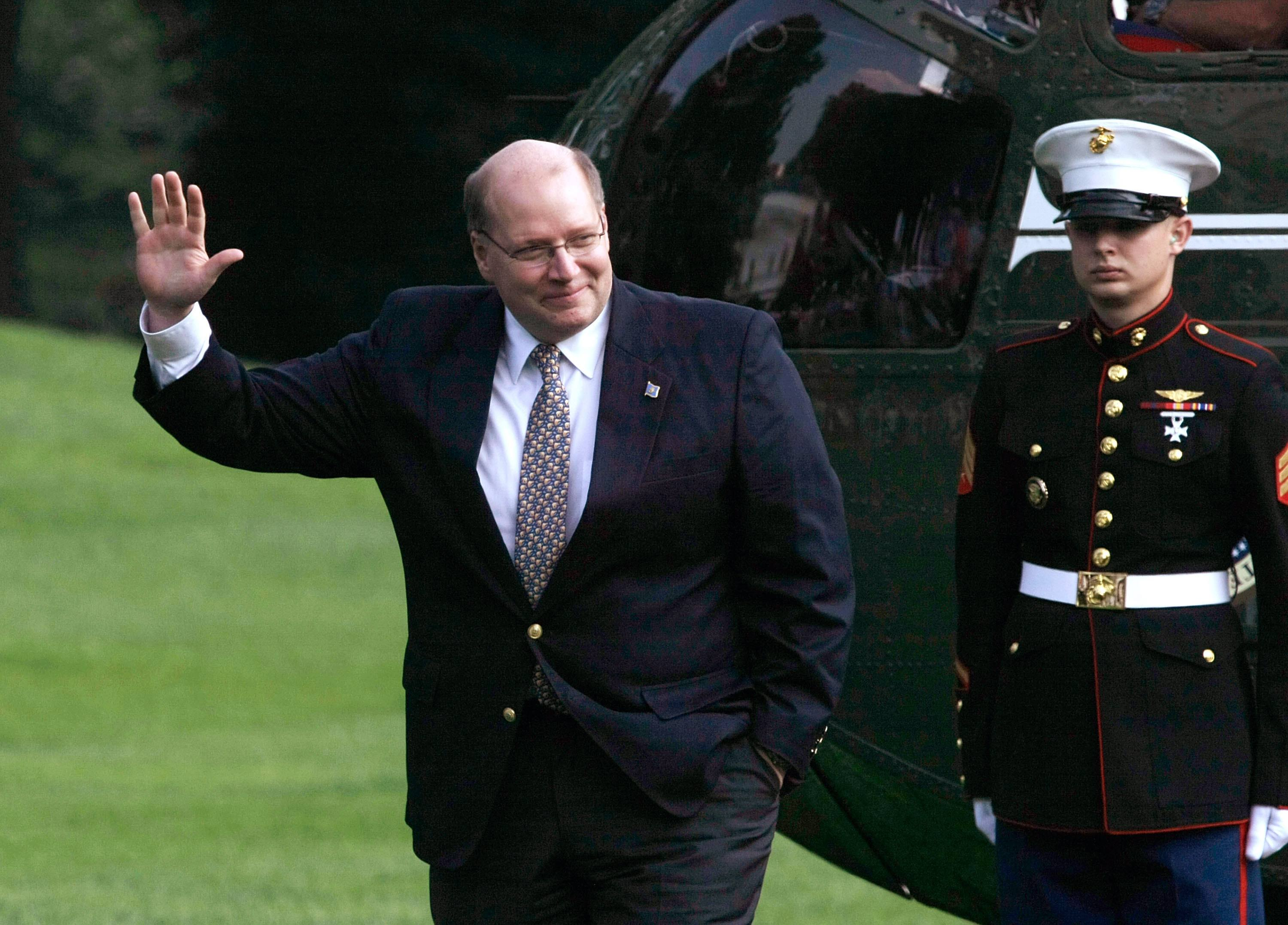 Hasil gambar untuk White House deputy chief of staff to leave in July