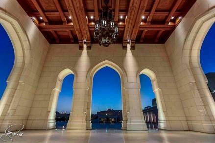 Opera House by Henz B Solih