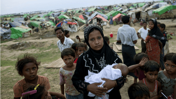 Myanmar violence leaves 100 dead, Rohingya Muslims flee into Bangladesh