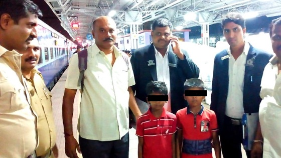 Fazil Shaikh - a vigilant railway officer rescues two kidnapped children