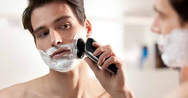 Philips Norelco 9000 wet and dry electric shaver best rotary shaver