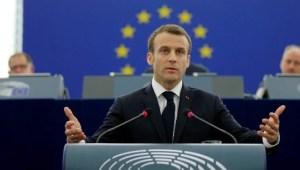 Emmanuel Macron au Parlement européen avant le lancement des consultations