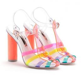chaussure en plastique