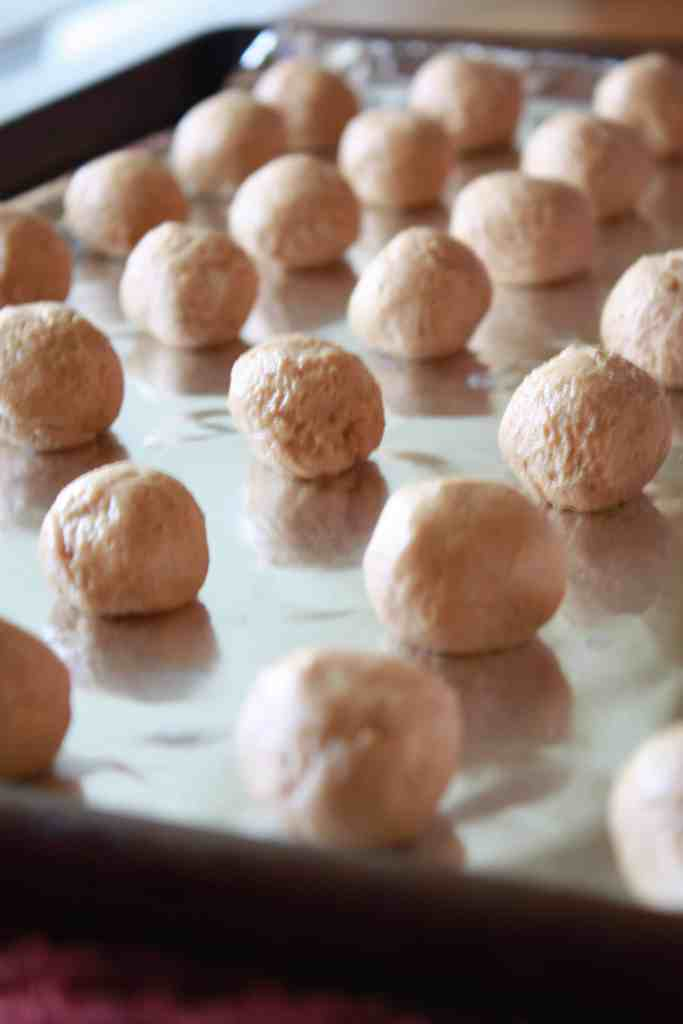 rolled Old-fashioned peanut butter balls