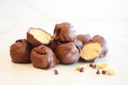 Old-fashioned peanut butter balls