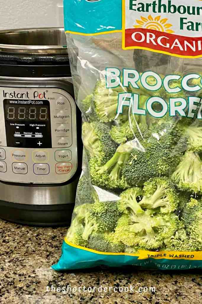 Instant Pot Steamed Broccoli ingredients