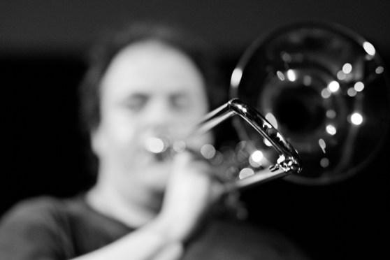 Dan Blacksberg performs TCHMENTREACH with Nick Nick Millevoi. Archer Spade Performance Series at The Rotunda. Philadelphia, PA