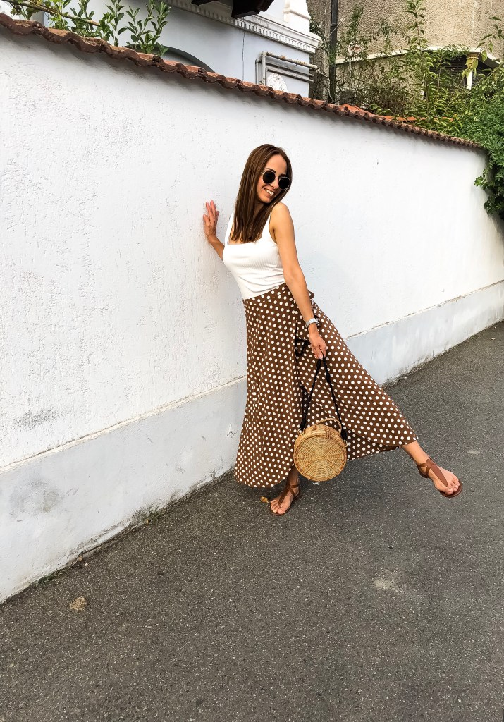 styling_the_polka_dots_skirt