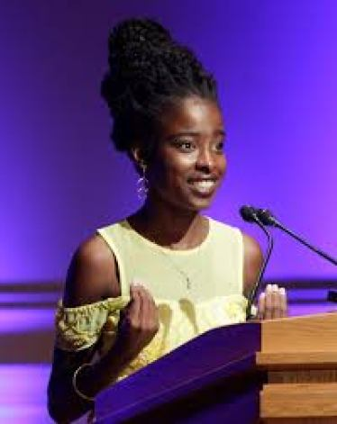 Amanda Gorman, the youngest girl to recite at presidential inauguration.