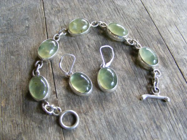 Single Link Prehnite Bracelet with Earrings