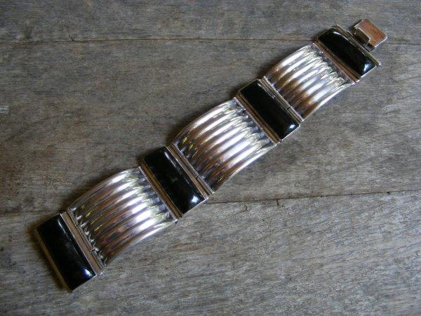 Ribbed Hinge Bracelet – Vintage Mexican