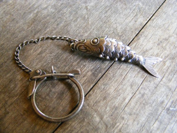 Articulated Fish Key Ring