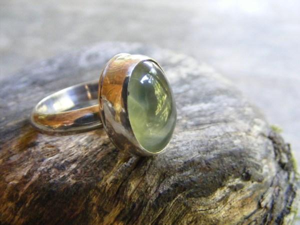 Prehnite Ring with Rim