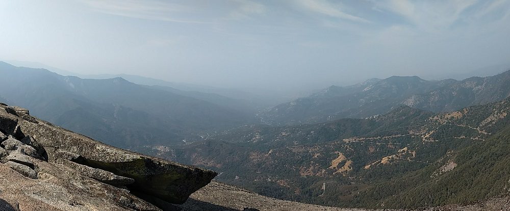 Moro Rock Trail Guide