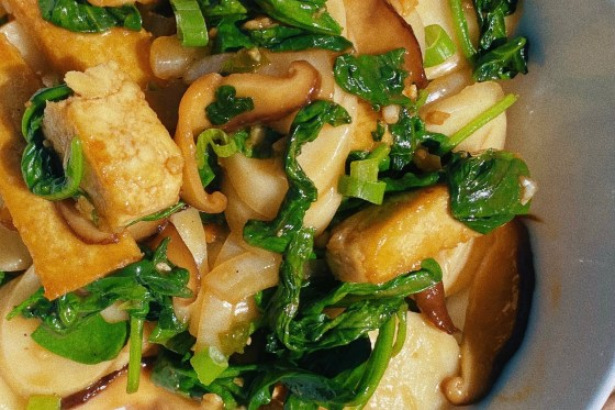 asian rice cake stir fry featured