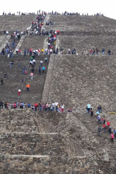 Our Trip to the Aztec Pyramids in Mexico (Teotihuacan)
