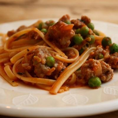 Spaghetti With Peas and Sausage