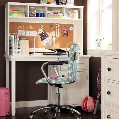 http://www.home-designing.com/2011/09/study-space-inspiration-for-teens