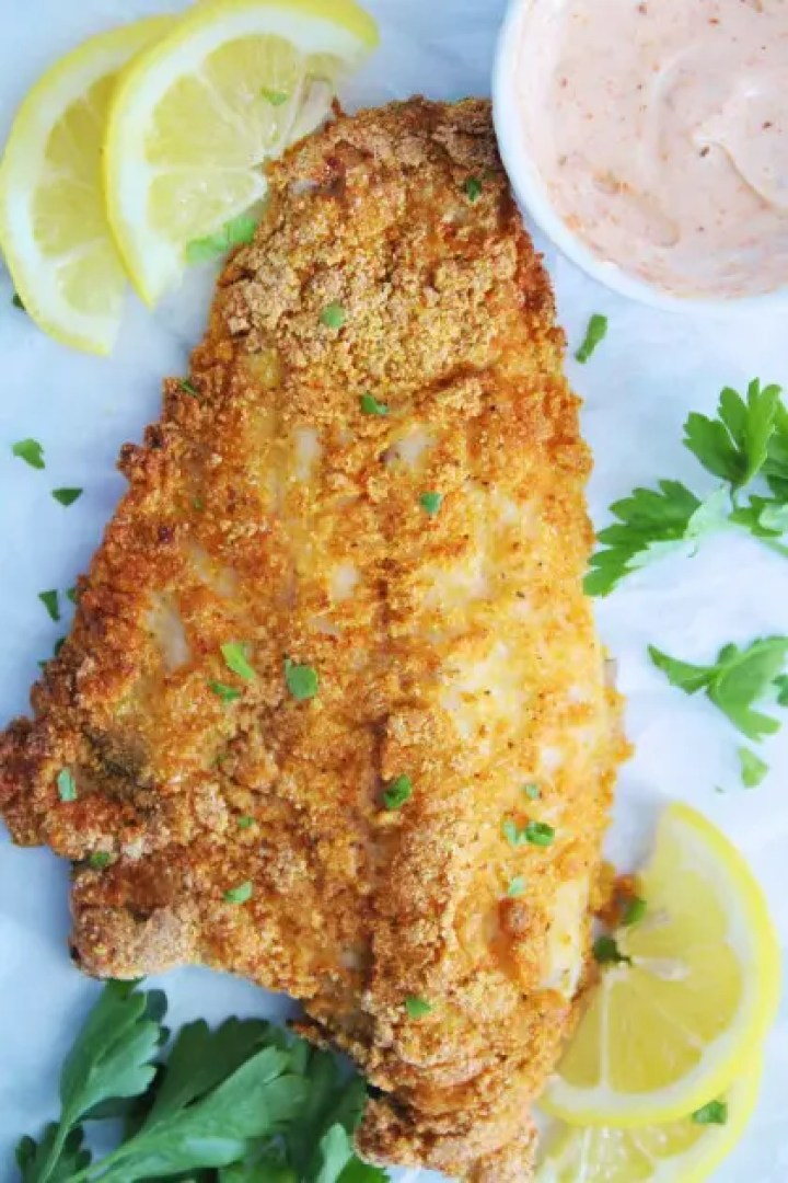 Fried fish and lemon juice make a great combination.