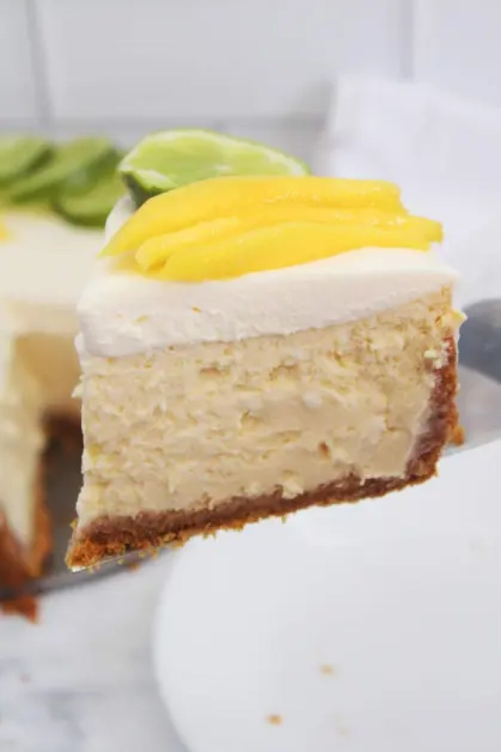 A delicious dessert made with tequila, lime and mango.