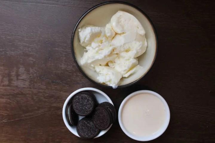 Cookies and cream milkshake ingredients