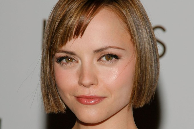growing out short hair tips: how to go from short hair to a