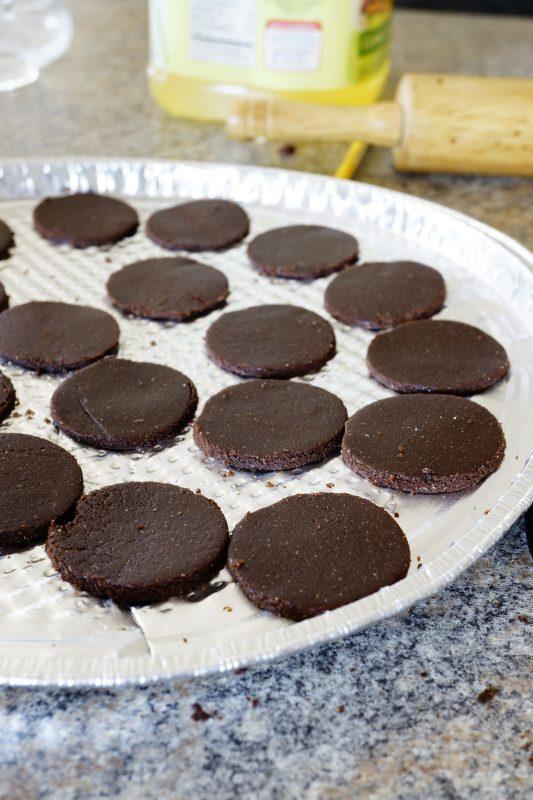Easy to make Oreo Cookies