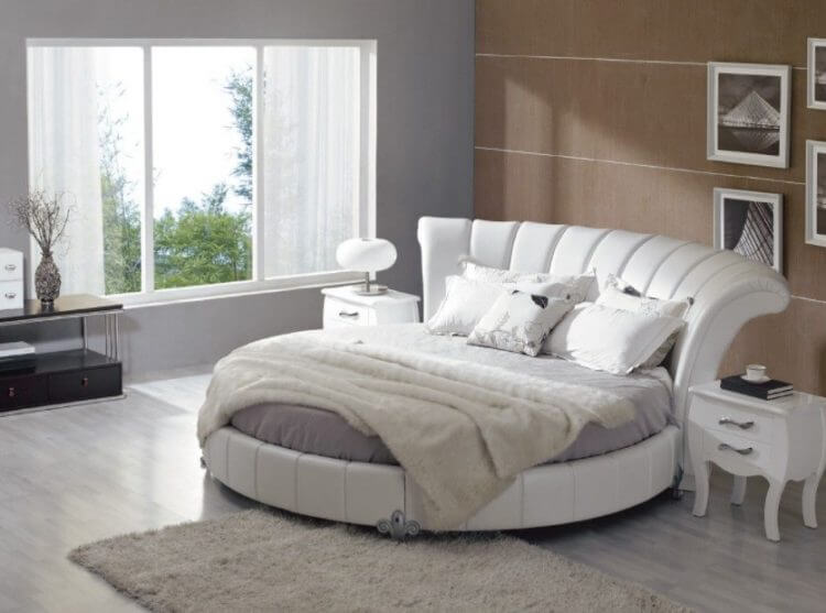 10 Exquisite Modern and Classic Round Beds for Your Sleep Space 3