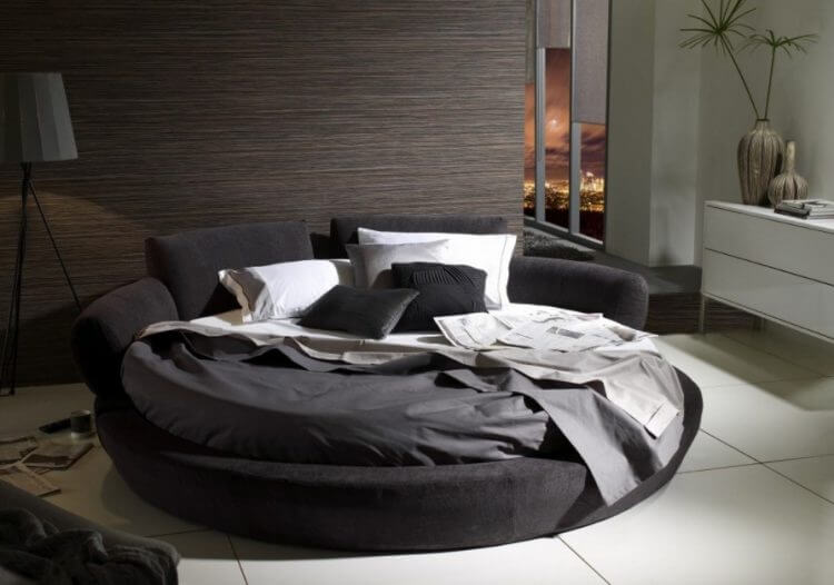 10 Exquisite Modern and Classic Round Beds for Your Sleep Space 7