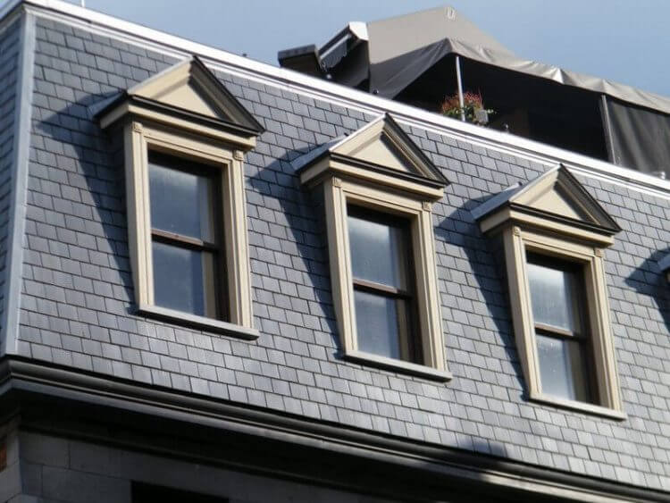 Everything You Have to Know About Mansard Roof 7