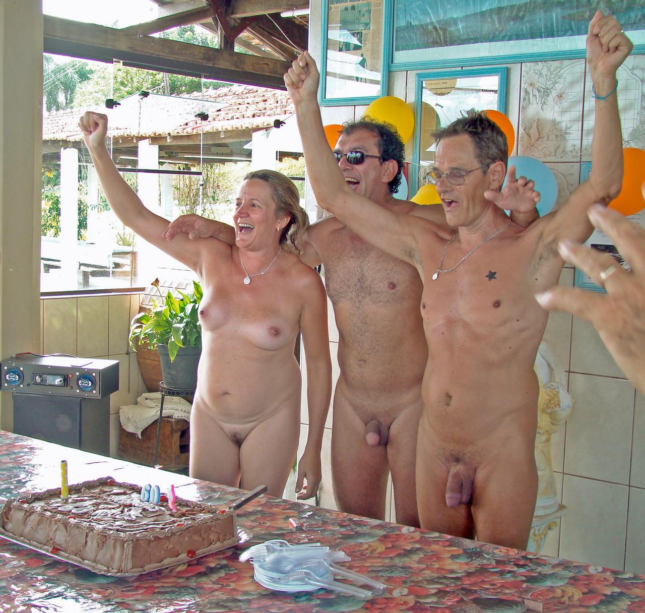 naked living tumblr