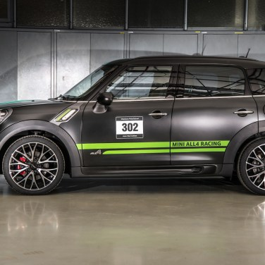 004-mini-jcw-countryman-dakar