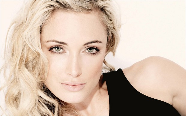 Reeva Steenkamp's British brother flys to South A