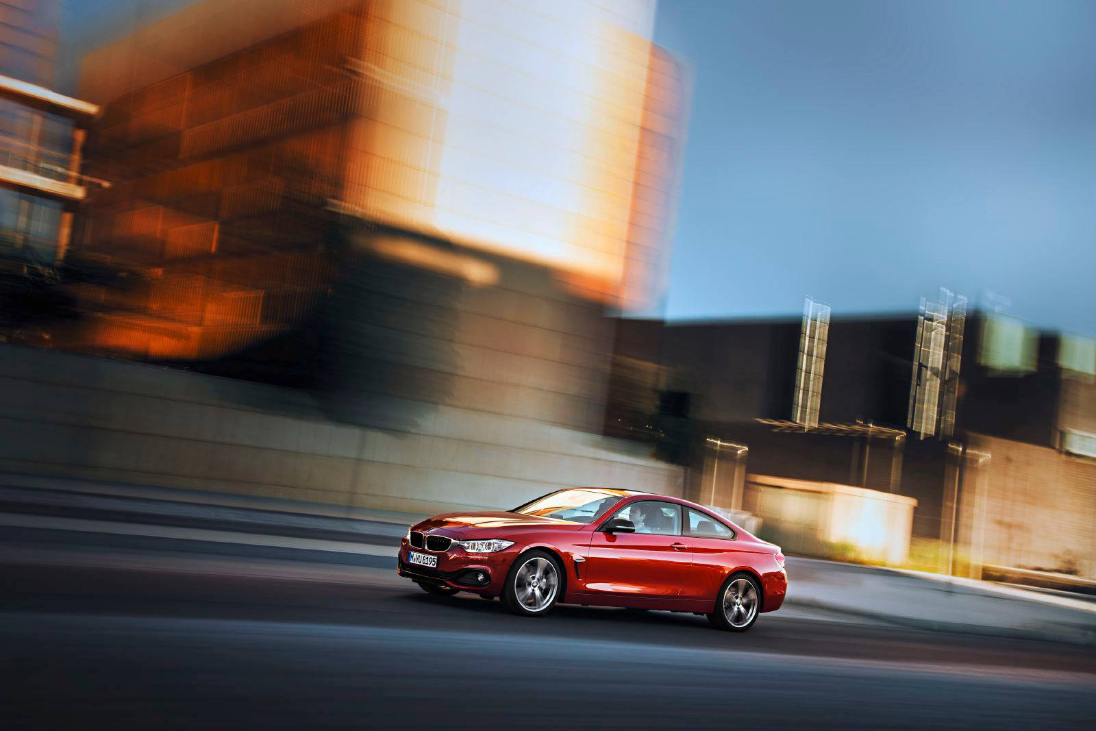 SMADEMEDIA 2014 BMW 4 SERIES COUPE (3)