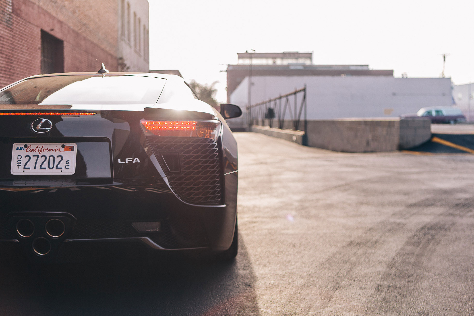 LEXUS LFA IN LA (1) - SMADE MEDIA