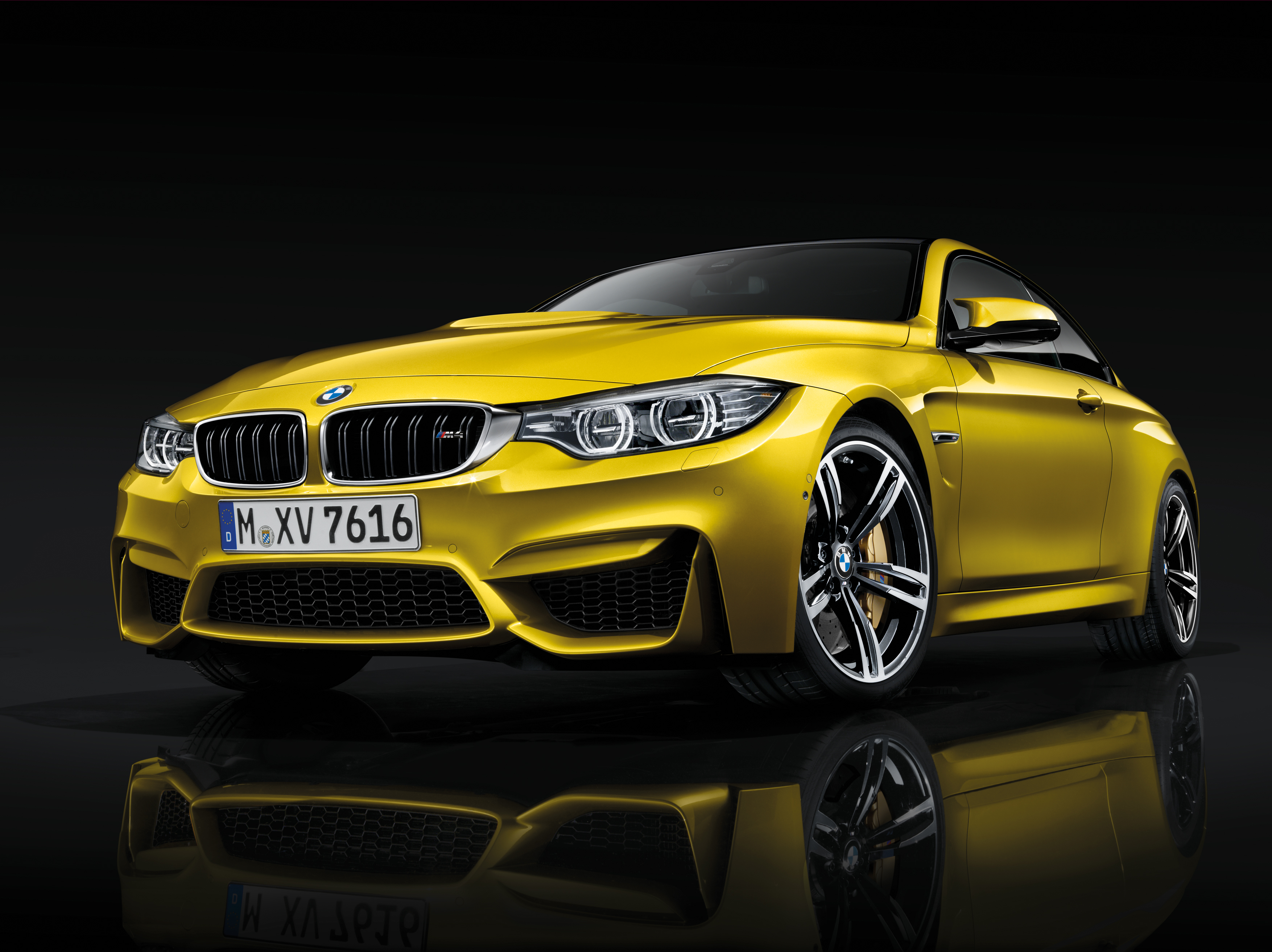 2015 BMW M4 Coupe Stills - (6) - SMADEMEDIA.COM Galleria