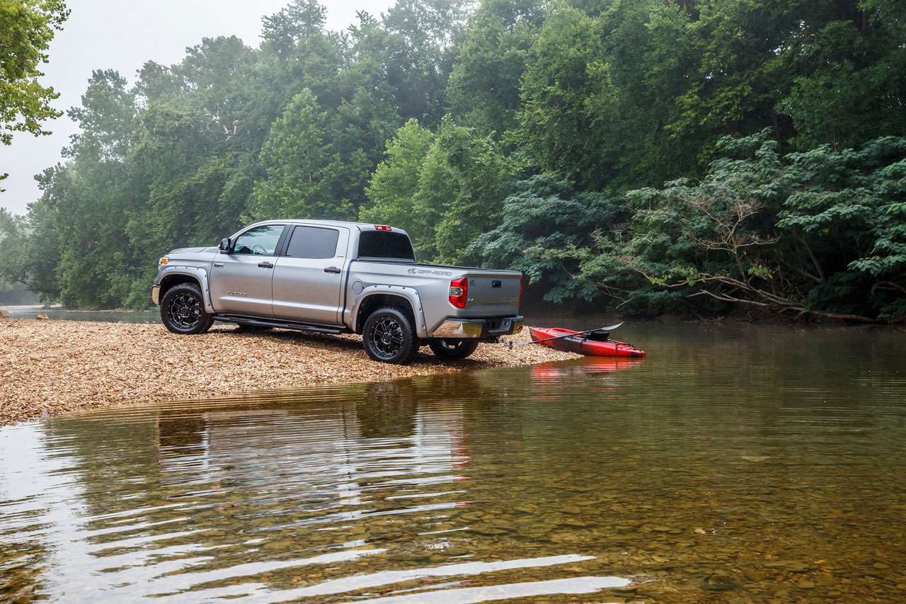 Toyota Tundra Bass Pro Shops Off-Road Editions