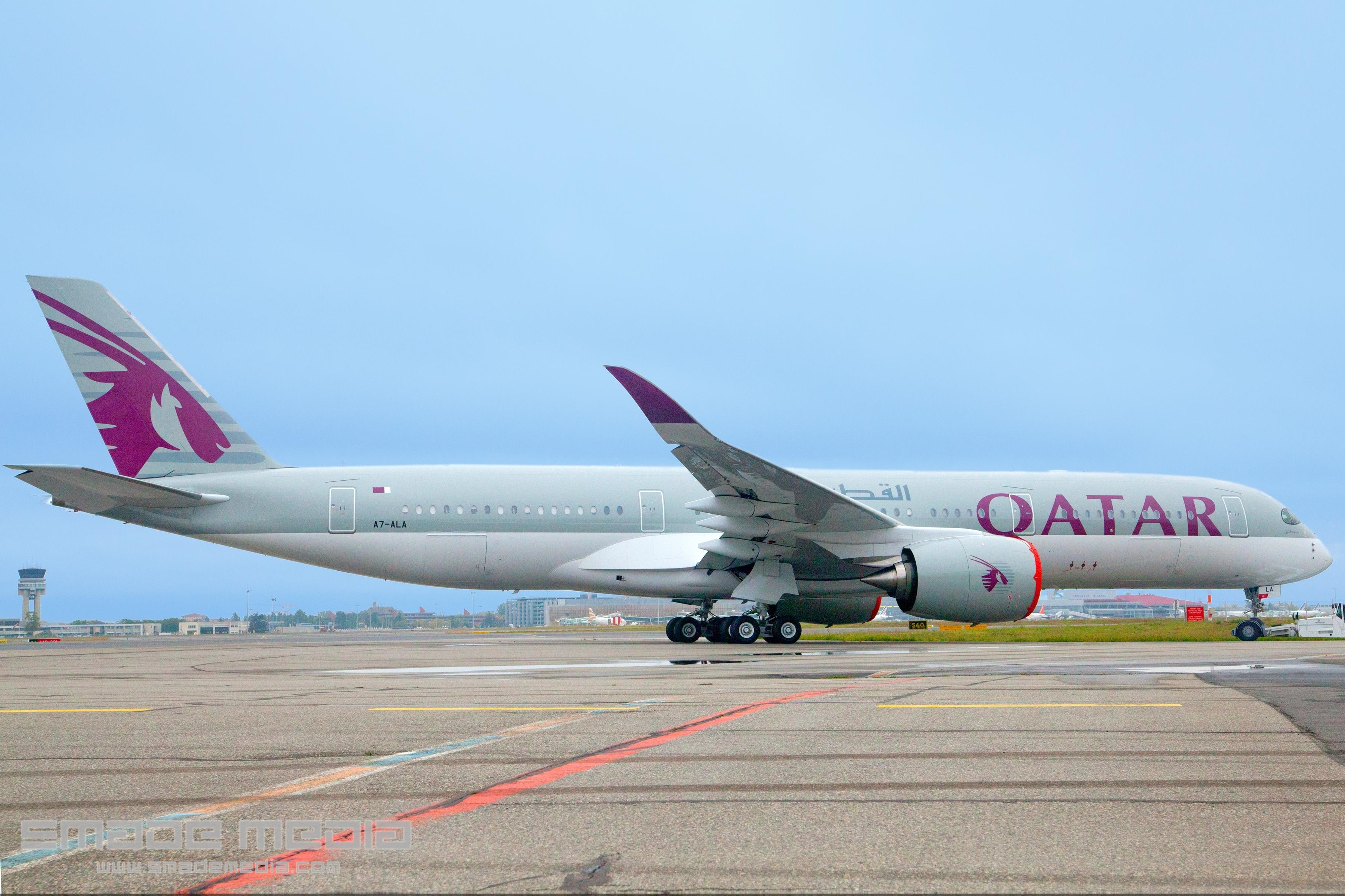 QATAR A350 Roll Out AND First Flight - SMADE MEDIA (1)