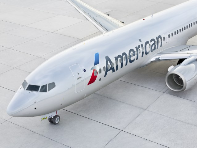 FEATURED IMAGE - AA B737