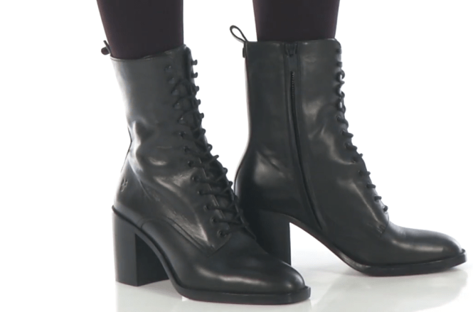 956d21aff23a Women can use the shoes in any season because the boot is not a seasonal  boot. You can carry your style in all the season with pia combat.