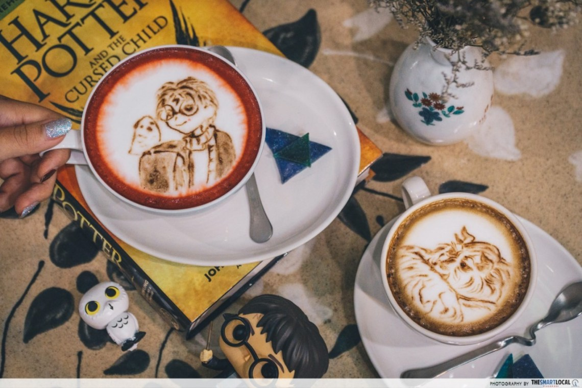 Chiang Mai into the woods cafe - Harry Potter and Beauty and the Beast latte art