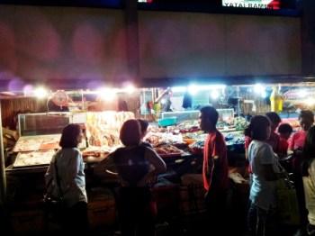 b2ap3_thumbnail_Street-Food---Dampa-Paluto-Seafood-01.jpg