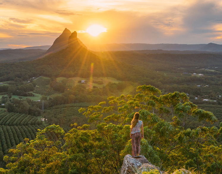 Queensland trips jetabout holidays - glasshouse mountains